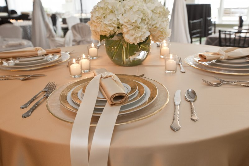 Outstanding Linen Combinations Tablecloths For Granted Interior Design Ideas Oxytryabchikinfo