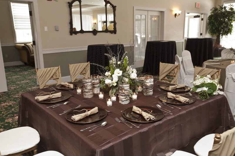 Beautiful Trend 8: White Matte Satin Tablecloth With White Nova Pintuck Overlay And  White Satin Chair Bags